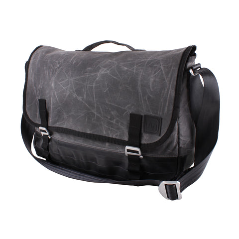 Alchemy Jefferson Messanger Bag - Waxed