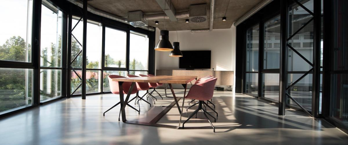 5 Reasons Why UpDesk Is The Perfect Fit For Your New Office Space