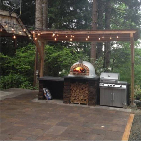 Authentic Pizza Ovens Pizzaioli Countertop Wood Fired Pizza Oven in Custom Built Outdoor Kitchen