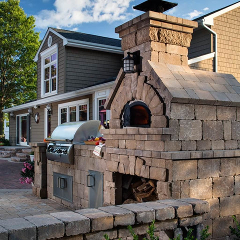 Chicago Brick Oven CBO 750 Wood Fired Pizza Oven DIY Kit Home Outdoor Kitchen Installation with Grill in Summer