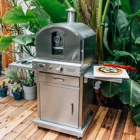 Summerset Outdoor Gas Pizza Oven Freestanding SS-OVFS Right Side View in Backyard with Cooked Pizza