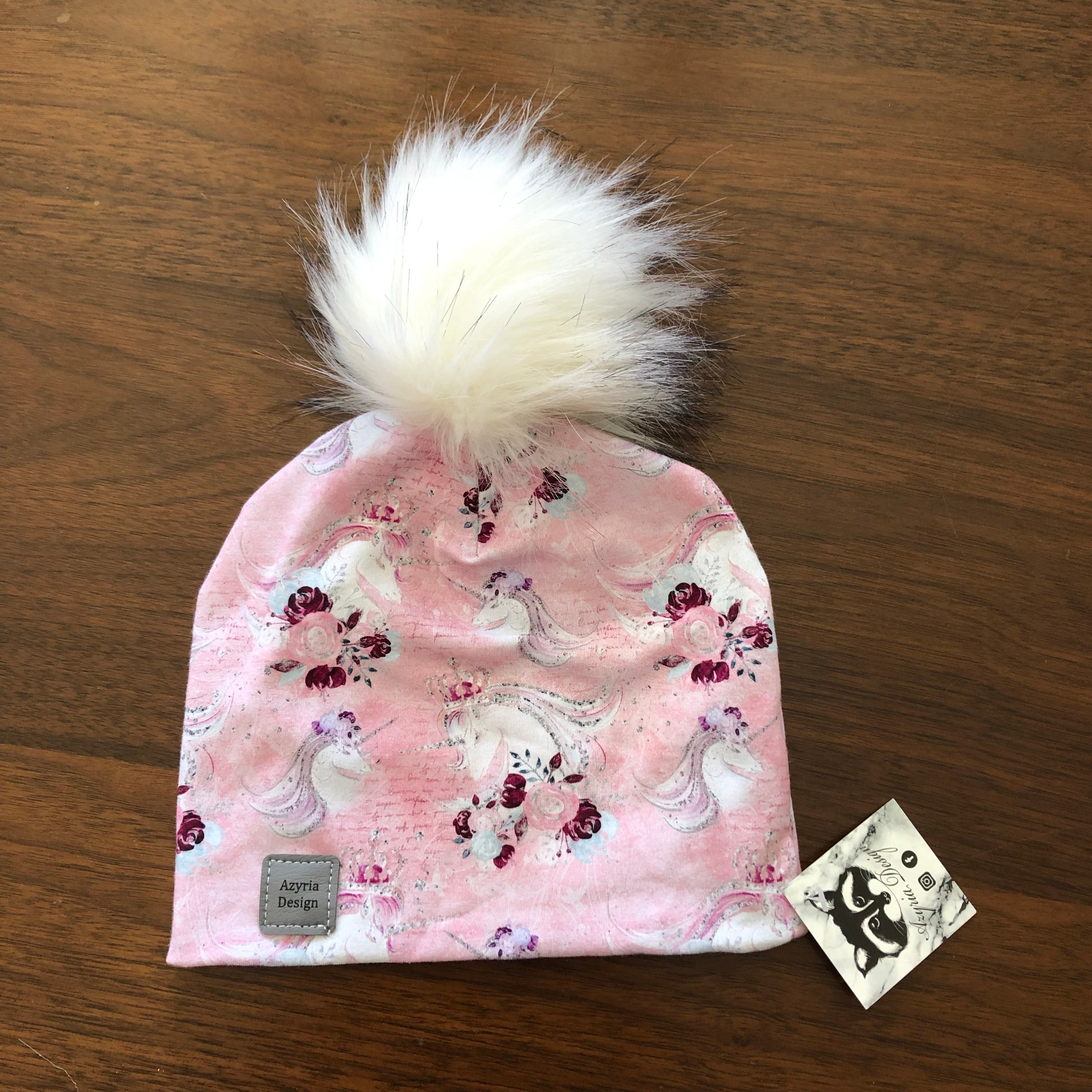 Azyria Design - Tuque printemps - Licorne rose