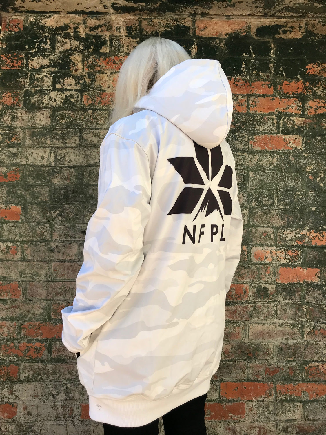 10K WATERPROOF Tall White Snow Camo Softshell Hoodie - Unisex