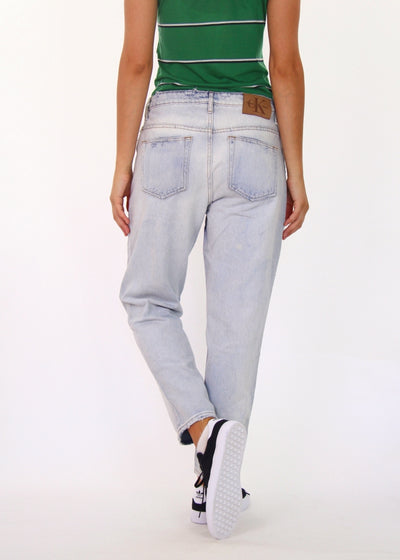 Calvin Klein 100% Cotton Relaxed Straight Jean