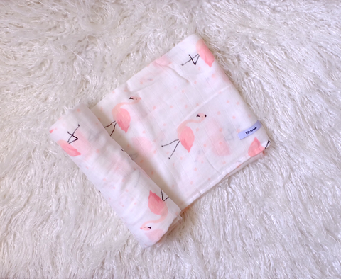 Flamingo-Muslin Swaddle
