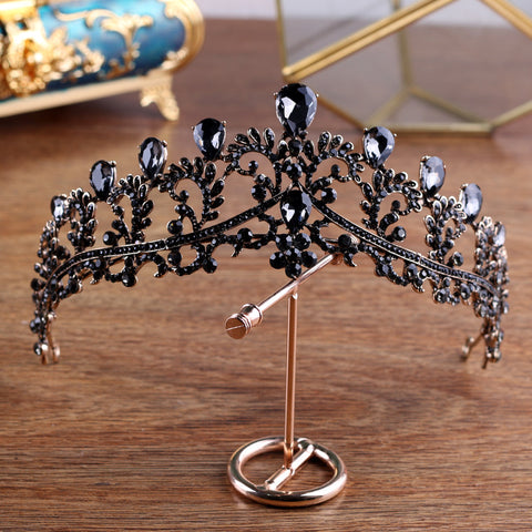 Dark Baroque Black Crown