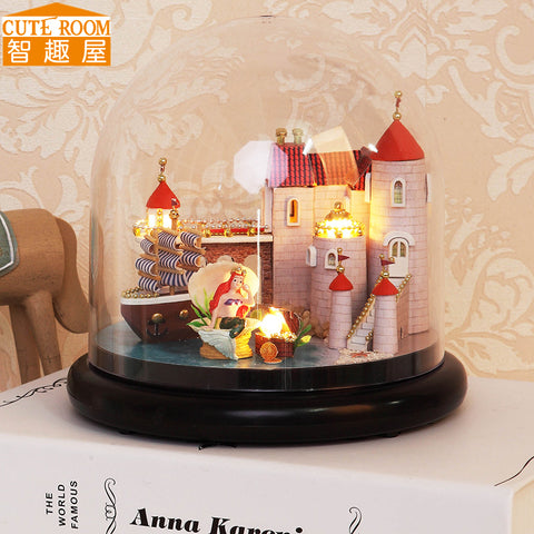 Beautiful Miniature Doll House with LED Light