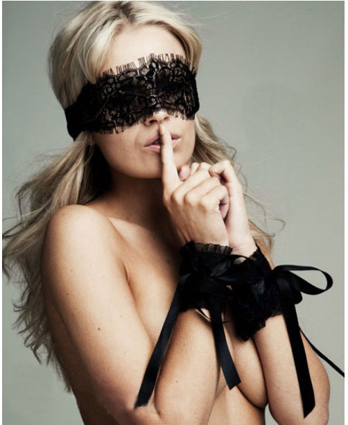 LINGERIE -  Sexy Lingerie Hot Black Lace Eye Covers with 1 pair Gloves
