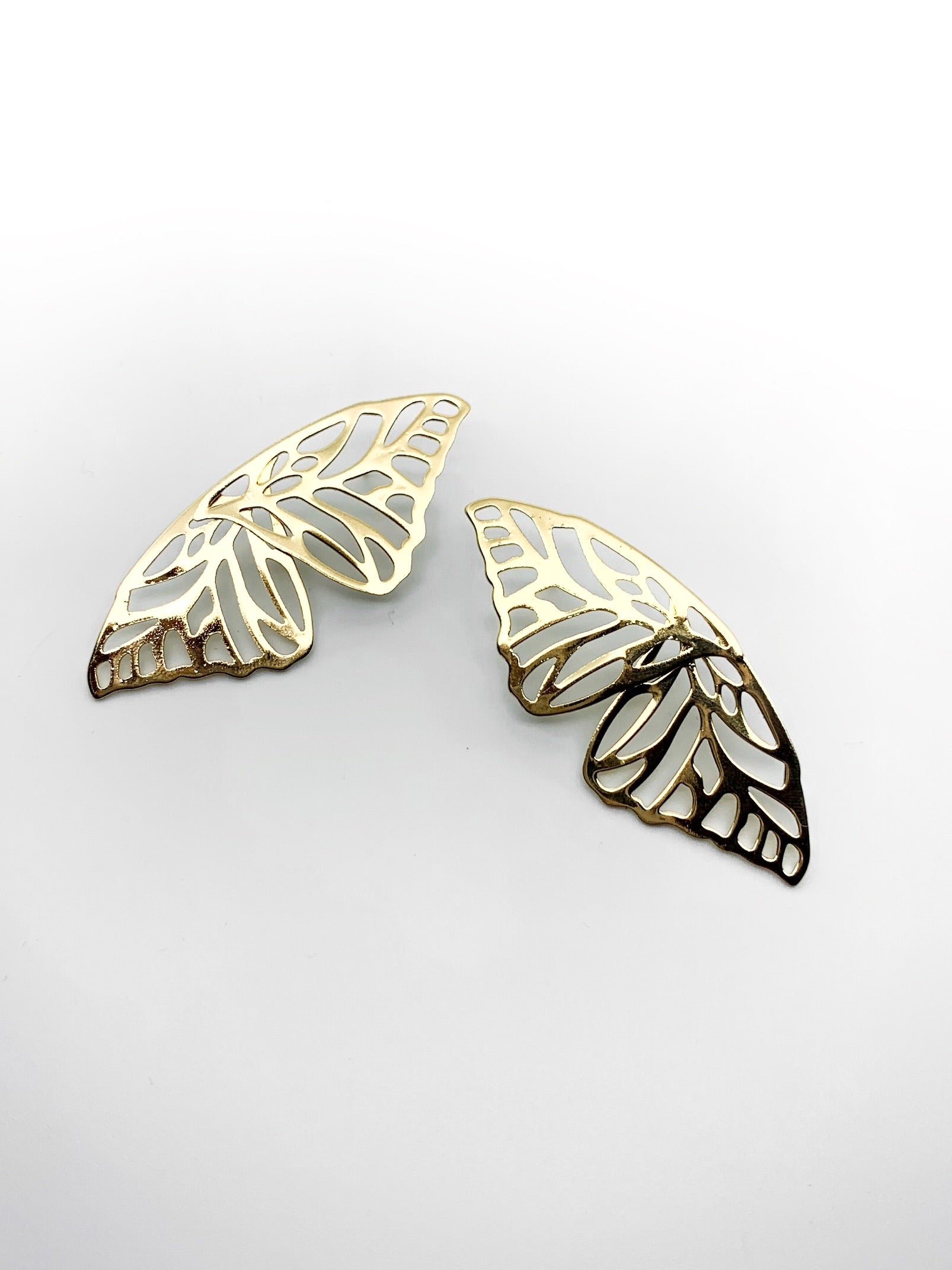 BUTTERFLY EARRINGS GOLD - Plush Boutique