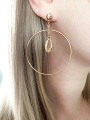 GOLD HOOP SHELL EARRINGS - Plush Boutique