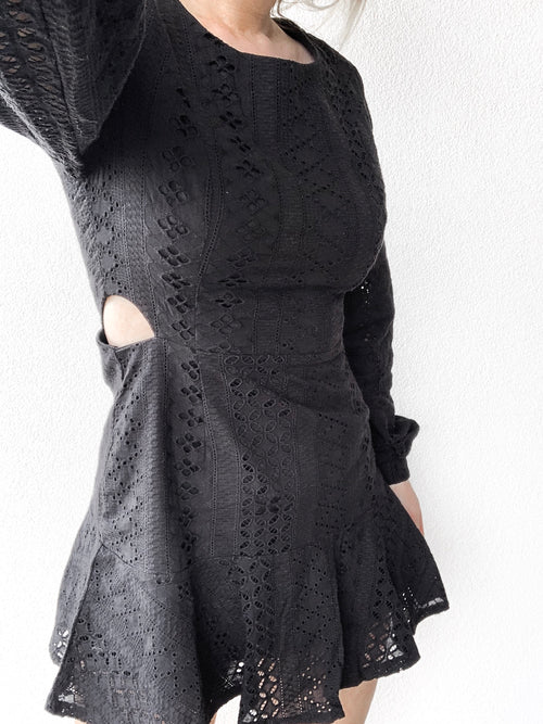 Charlotte Mini Dress In Black - Plush Boutique