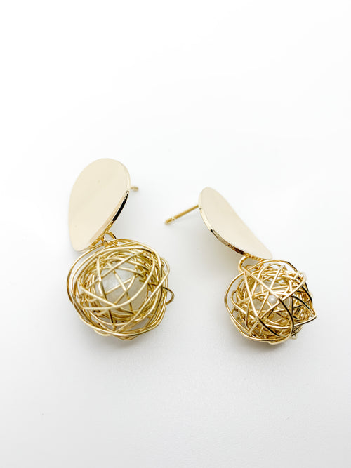 ROUND PEARL BALL GOLD EARRINGS
