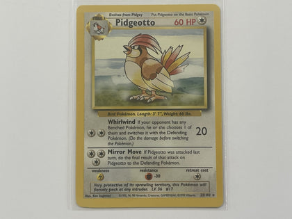 Pidgeotto 22/102 Base Set Pokemon TCG Card In Protective Penny Sleeve