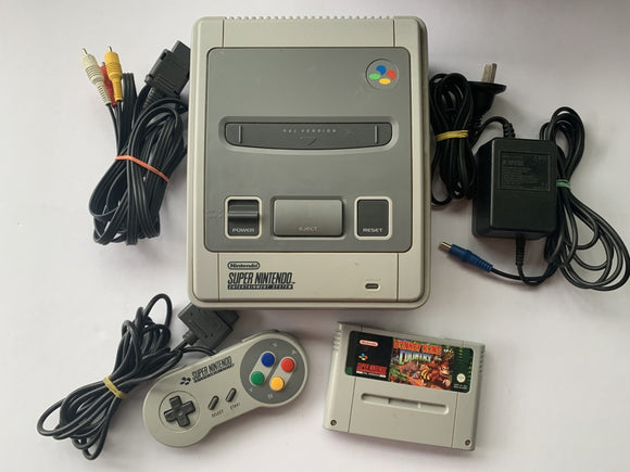 Super Nintendo SNES Console with 1 Controller & Donkey Kong Country
