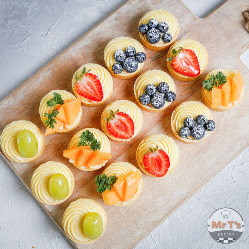 finger-food-catering-fruit-tarts