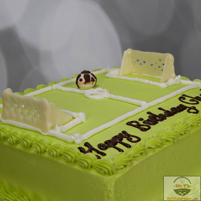 soccer-field-birthday-cake