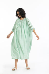 Gather neck dress-Mint polka