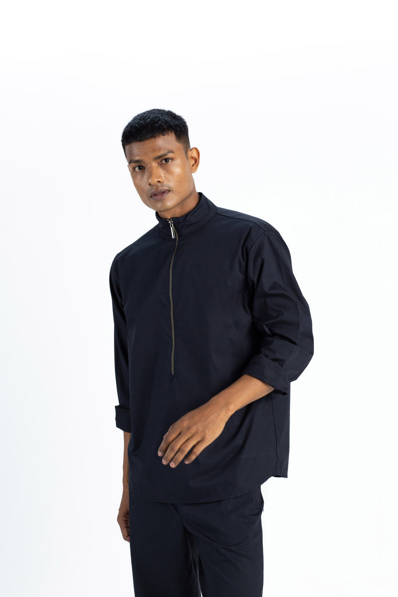 Turtle Neck Shirt- Black