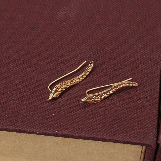 2016 Fashion Bijoux Exquisite Leaf Clip Ear Sweep Wrap Ear Climber Modern Beautiful Feather Stud Earrings For Women Jewelry