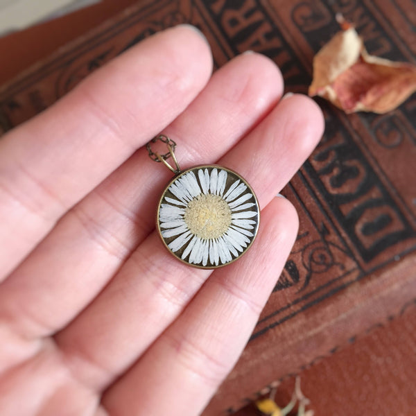 Unique Pressed White Daisy Necklace