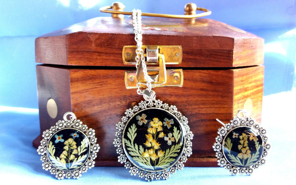 Pressed flower jewelry Set