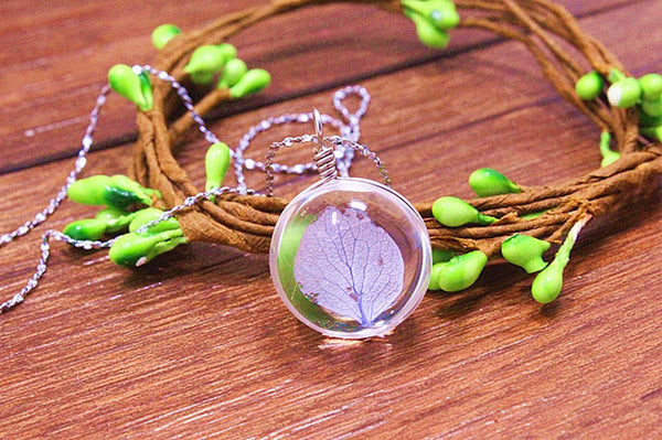 Hydrangea Purple Dried Flower Glass Ball Necklace