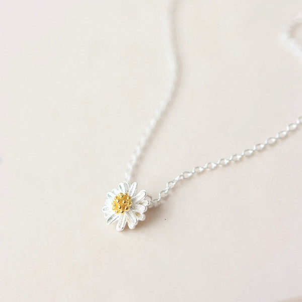 Sterling Silver Daisy Flower Pendant Necklace