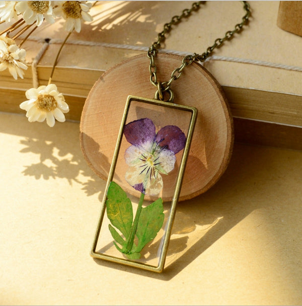 Natural pansy dried flowers Necklace
