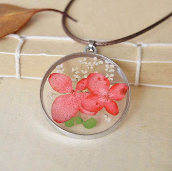 Japanese-style natural butterfly flower necklace