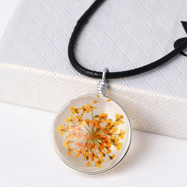 Glass Round Fine Dried Necklace
