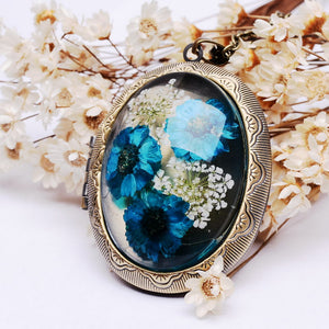 Real Dried Flower Locket Pendant Necklace