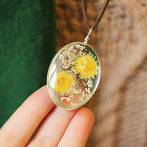 Natural Pressed Flowers Pendant and Vintage Leather Chain Necklace