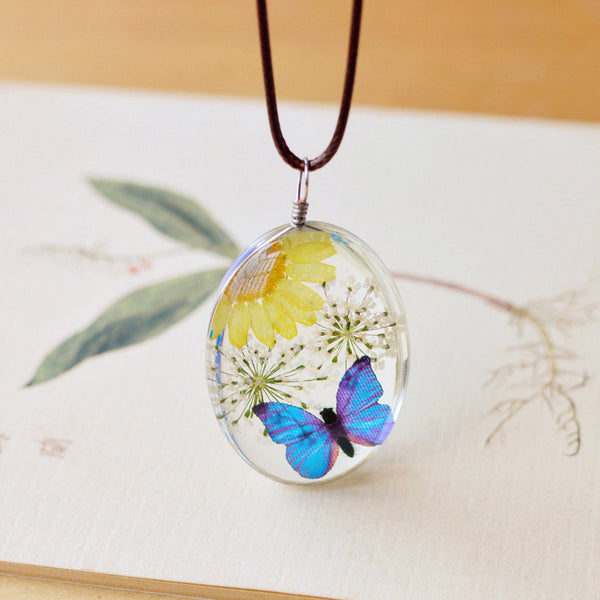 Fashion Natural Dried Flower Butterfly Necklaces
