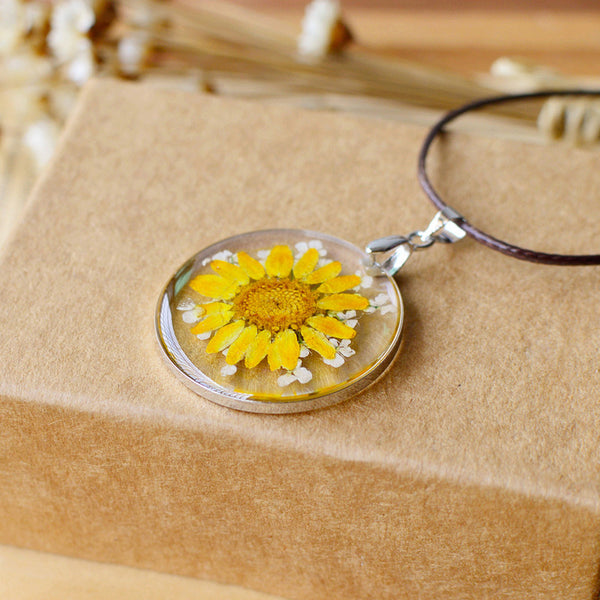 Terrarium Nature Dried Flower Necklace