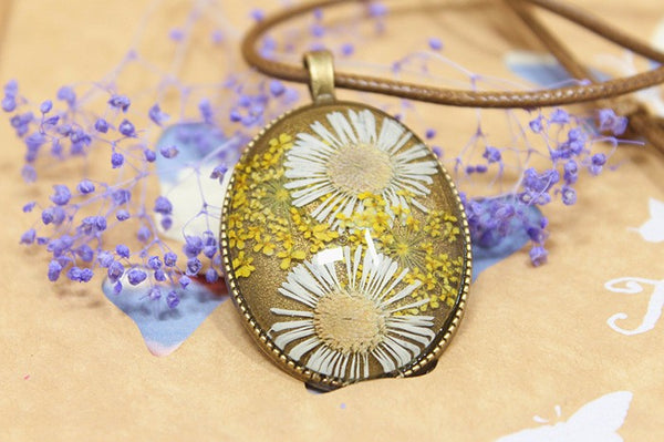 Dried Flower Charms Oval Necklace Pendant