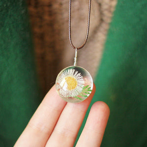 Lovely Forever Dried Flower Pendant Necklace
