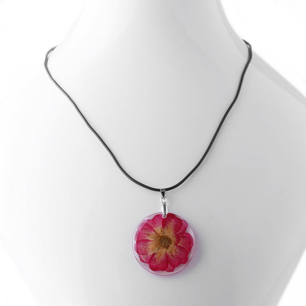 Stunning Beautiful Dried Flower Necklace