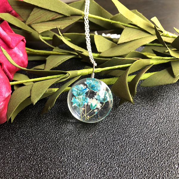 Original Handmade Beautiful Gypsophila Necklace