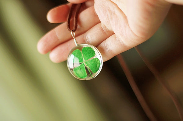 Natural Dried Four Leaf Clover Pendant Necklace