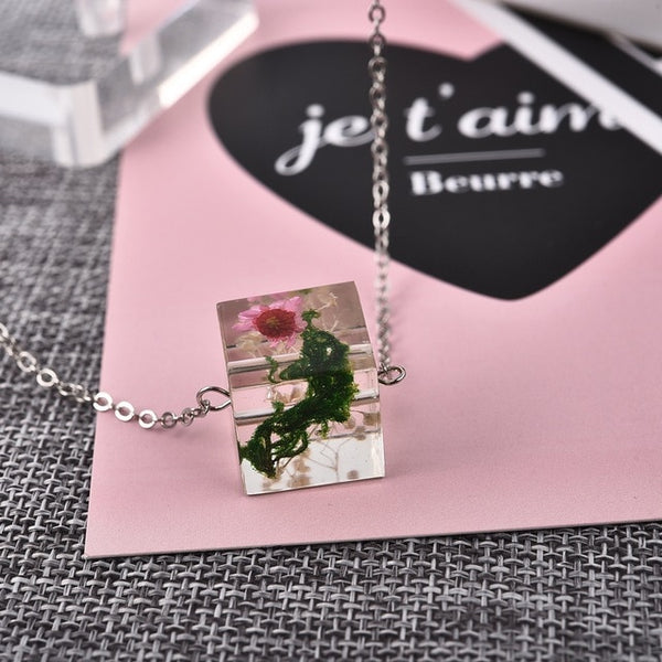 Handmade Fashion Square Dried Flower Necklace