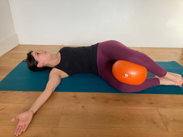 Pilates Book opener with Soft Ball