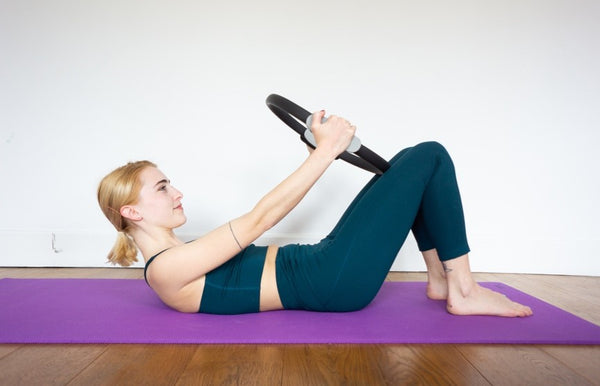 Pilates Ring Chest Lift (Abs):