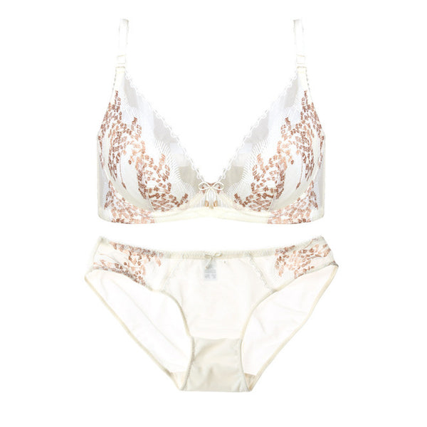 2017 New Brand Women Bra Set Floral Embroidery Seamless Breathable Bra Panty Set Underwire Sexy Lingerie Luxurious Underwear Set