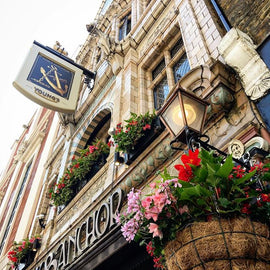 Pies, Pints & Peculiar Pubs Walking Tour