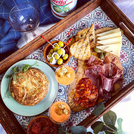 GIFT IT: Luxury Tapas Picnic for 2