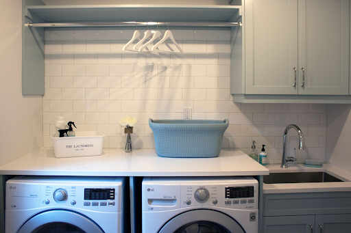 laundry room quartz countertop