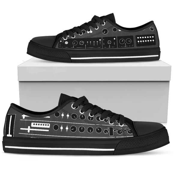 DJ Mixer Low Top Canvas Shoes For Men & Women - Trendy Staples
