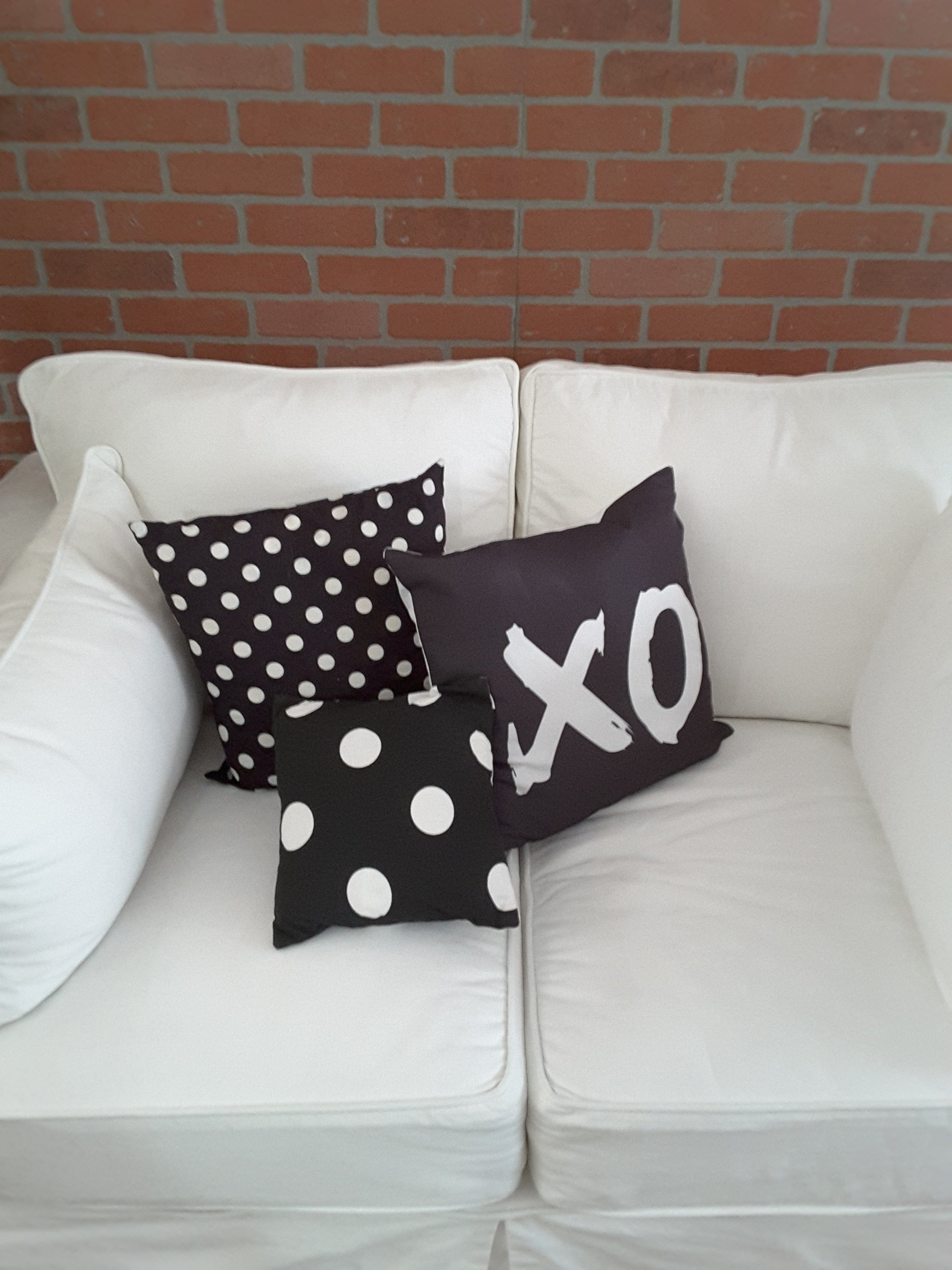 Pillow Cover with XO (Hug & Kiss) - Free Shipping! - TheLastWordBish.com