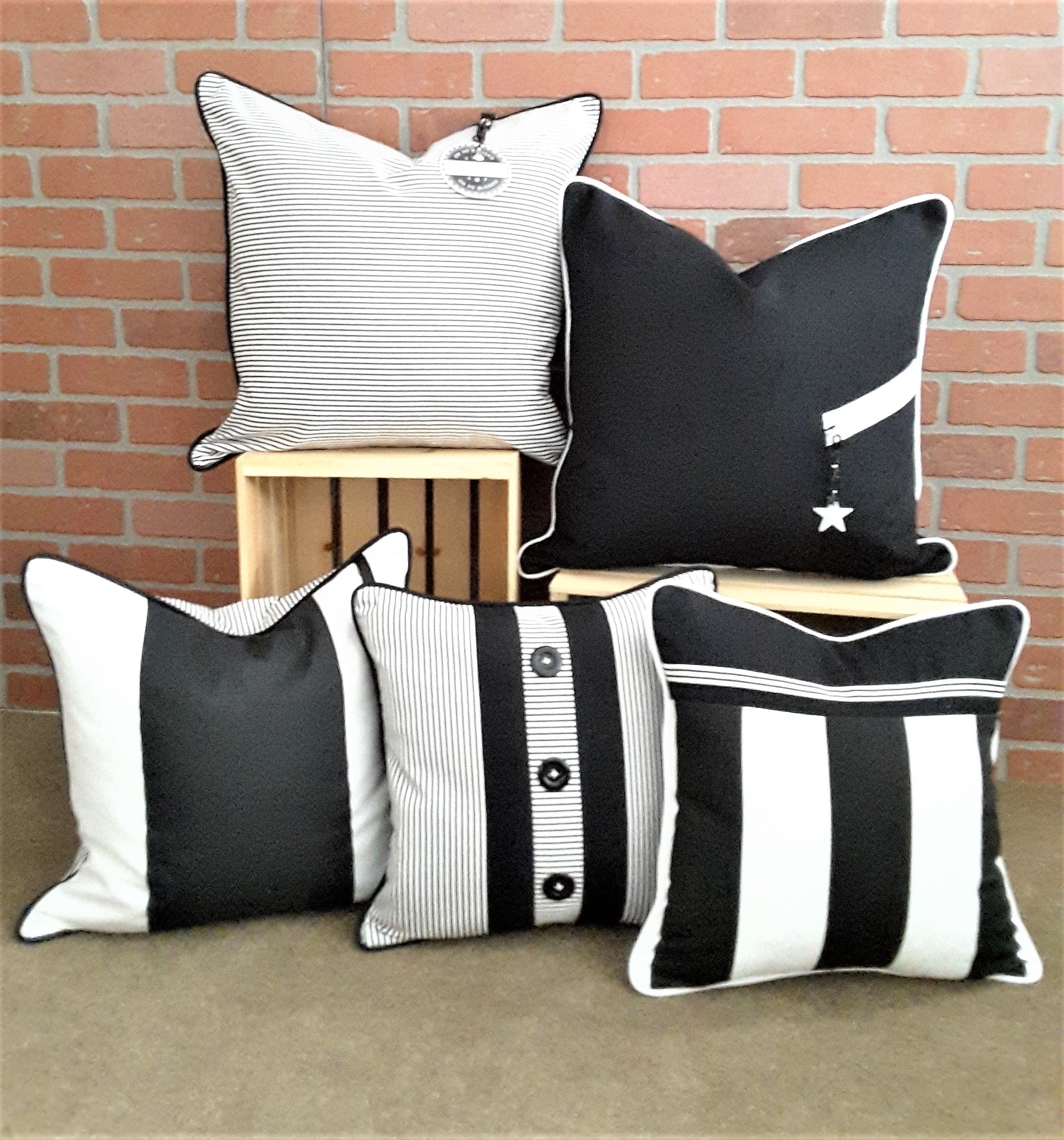 ALEXANNDRA CARINGTON COLLECTION OF BLACK & WHITE PILLOWS