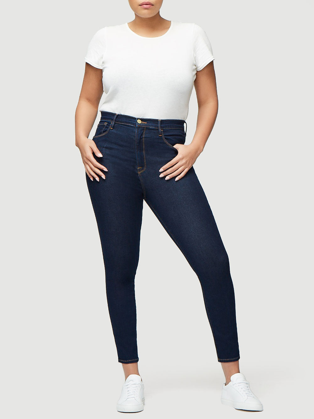 jeans front full body view alt:amber